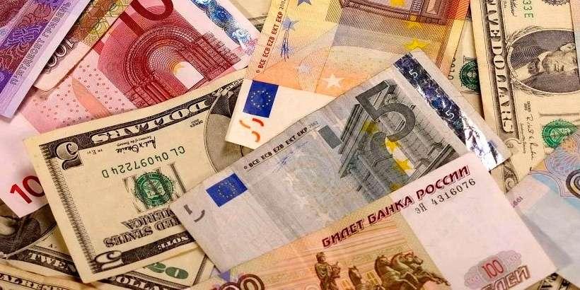 Курсы валют на 27 марта: курс доллара – 2.5754, курс евро – 2.8371, 100 российских рублей – 3.3121